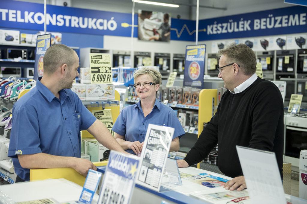 Fazekas Zsolt offline-online integráció - omnichannel